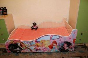 Детская кроватка-машина для девочки - Мебельная фабрика «ПМК ВиП»