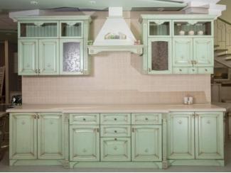 Кухня из массива с филенкой шпон - фисташка с патиной бронза - Мебельная фабрика «Леспром»