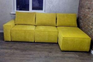 Диван с оттоманкой желтый - Мебельная фабрика «Мебельный клуб»