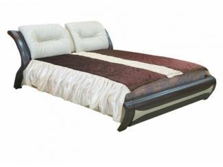 Кровать большая в спальню