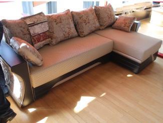 Мебельная выставка Ялта (Крым): диван угловой - Мебельная фабрика «Амарас»