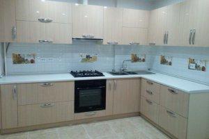 Угловая бежевая кухня  - Мебельная фабрика «МиАн»
