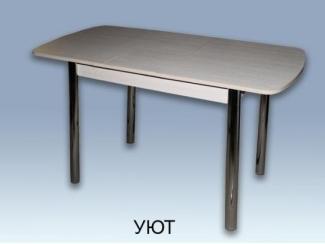 Светлый обеденный стол Уют