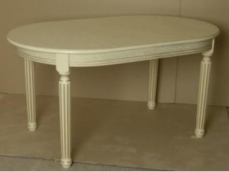 Овальный стол в бежевом цвете  - Мебельная фабрика «ЛНК мебель»