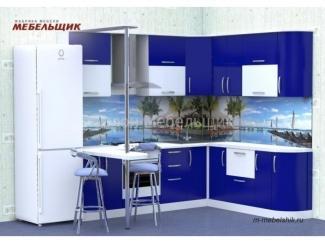 Синяя кухня с фасадами из пластика