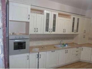 Угловая светлая кухня - Мебельная фабрика «Настоящая Мебель»