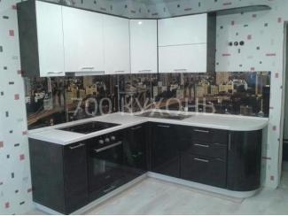 Удобный мебельный гарнитур  - Мебельная фабрика «700 Кухонь»