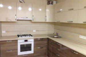 Бежевая угловая кухня - Мебельная фабрика «МиАн»