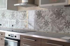Фартук кухонный из стекла с фотопечатью - Оптовый поставщик комплектующих «СтекКо-НН»