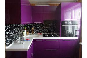 Фиолетовая угловая кухня фасады эмаль  - Мебельная фабрика «Ваша мебель»