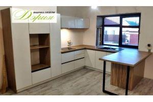 Функциональная кухня Мадрид - Мебельная фабрика «Дэрия»