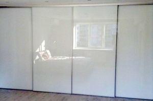 Глянцевый шкаф-купе Модель 22 - Мебельная фабрика «Дэрия»