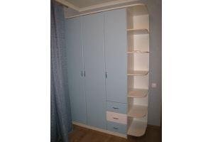Голубой распашной шкаф с консолью - Мебельная фабрика «Народная мебель»