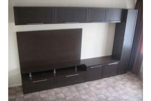 Гостиная с навесными шкафами 019 - Мебельная фабрика «La Ko Sta»