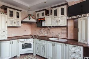 Классическая кухня из дуба - Мебельная фабрика «Корпус»