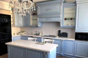 Классическая кухня Лидия с островом - Мебельная фабрика «Гварнери»