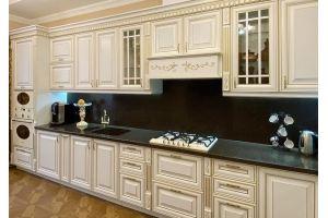 Классическая кухня с патиной - Мебельная фабрика «Астмебель»