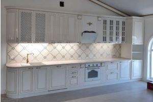 Классическая кухня в эмали с патиной - Мебельная фабрика «Элна»