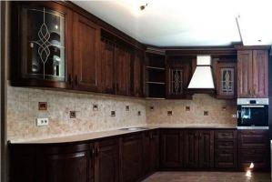 Классическая темная кухня - Мебельная фабрика «Массив»