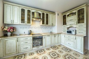 Классическая угловая кухня - Мебельная фабрика «Дэрия»