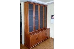 Книжный шкаф из массива сосны - Мебельная фабрика «Массив»