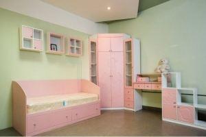 Комплект мебели в детскую комнату - Мебельная фабрика «Леспром»