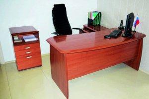 Комплект офисной мебели Регент - Мебельная фабрика «Карат-Е»