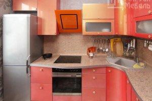 Коралловая кухня из МДФ с эффектом хамелеона - Мебельная фабрика «Маруся мебель»