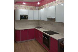 Красивая угловая кухня белый с розовым - Мебельная фабрика «Дэрия»