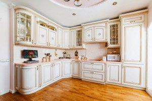 Красивая угловая кухня классическая - Мебельная фабрика «Курдяшев-мебель»