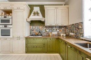 Красивая угловая кухня массив - Мебельная фабрика «Курдяшев-мебель»