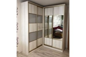 Красивый угловой шкаф-купе - Мебельная фабрика «Алгоритм»