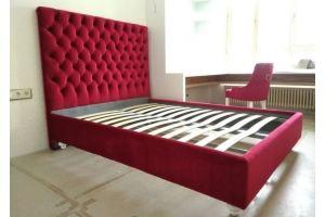 Красная кровать с высоким изголовьем - Мебельная фабрика «Ритм»