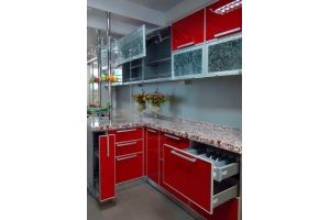 Красная угловая кухня глянец - Мебельная фабрика «Мебель и Я»