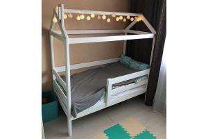 Кровать-домик деревянный зеленый - Мебельная фабрика «Массив»