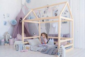 Кровать-домик из дерева ФАНТАЗИЯ - Мебельная фабрика «Доброе дерево»