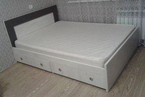 Кровать из ЛДСП - Мебельная фабрика «GradeMebel»