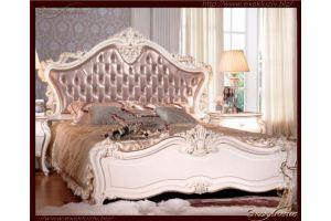 Кровать резная белая с бежевым шёлком   - Мебельная фабрика «Эксклюзив»