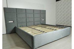 Кровать с мягкой стеновой панелью - Мебельная фабрика «REELTIKA»