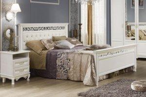 Кровать Венеция белая эмаль с патиной серебро  - Мебельная фабрика «Ивна»