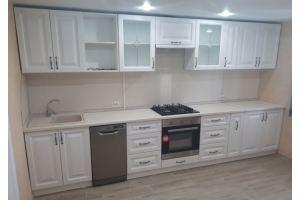 Кухня белая в классическом стиле - Мебельная фабрика «Рестайл»