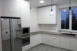 Кухня акрил белый alt3uv - Мебельная фабрика «Вся Мебель»