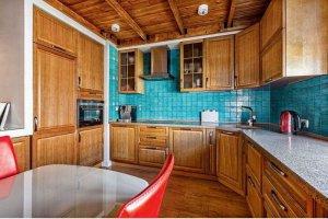 Кухня Арт из массива 017  п-образная - Мебельная фабрика «Арт-Тек мебель»