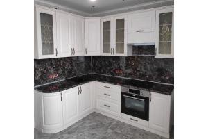 Кухня белая классическая угловая - Мебельная фабрика «Алмаз-мебель»