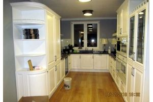 Кухня белая П-образная - Мебельная фабрика «Мебель и Я»