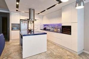 Кухня белая с островом k180609 - Мебельная фабрика «Астрон»