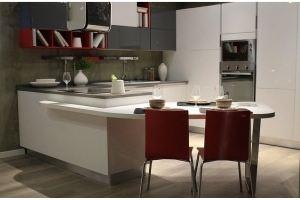 Кухня белая угловая с полуостровом - Мебельная фабрика «Wood&Wool»