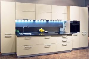 Кухня бежевая эмаль - Мебельная фабрика «Lakma»