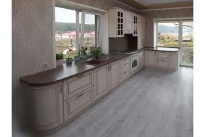 Кухня большая классическая в патине - Мебельная фабрика «Мебель Миру»