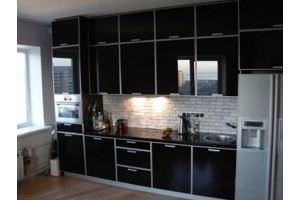 Кухня черная под потолок 0028 - Мебельная фабрика «La Ko Sta»